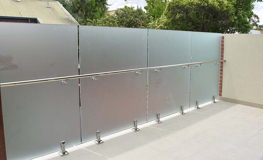 Frameless balustrades in Adelaide by professional installers