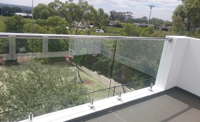 Frameless glass balustrades by Adelaide Balustrading Guys